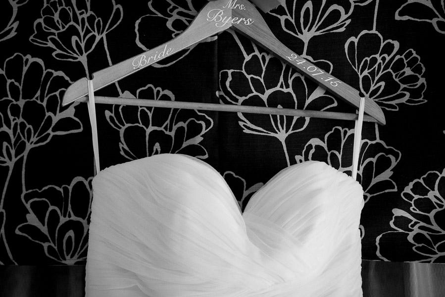 Laura-and-Paul-Caerlaverock-Castle-Wedding-10