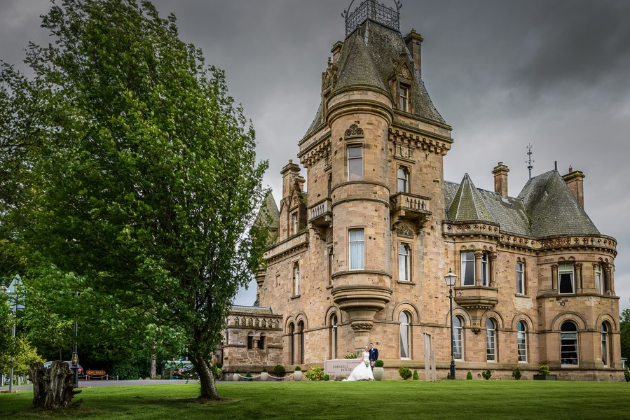 Kyle-and-Natalie-Cornhill-House-Wedding-45